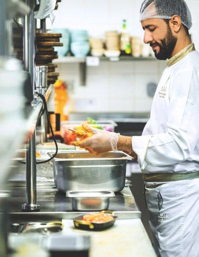 oasis-hostels-jobs-cook-backpackers